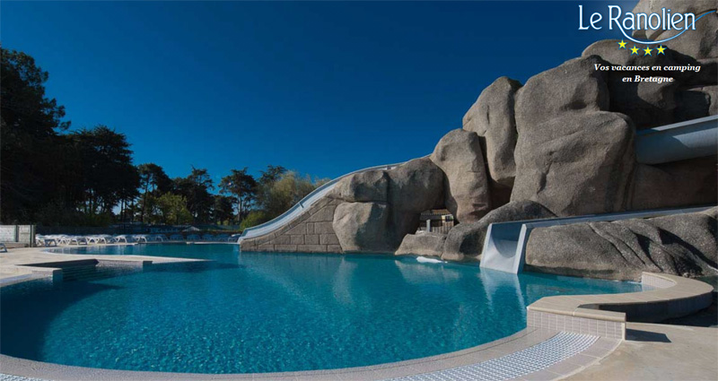 Camping yelloh village le ranolien 5 toiles for Camping perros guirec piscine