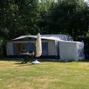 Grands emplacements camping pour caravanes, tentes, camping car, dans le Morbihan.