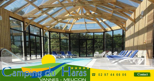 Camping du haras for Camping golf du morbihan piscine couverte